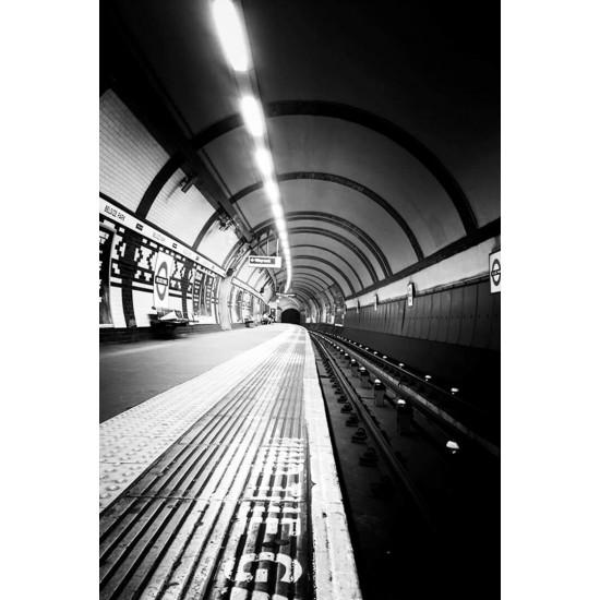 The underground Black & White